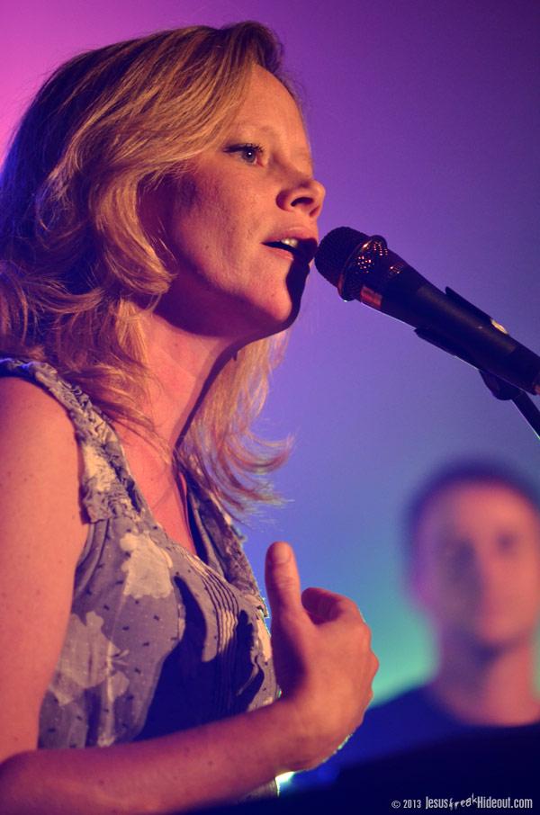 Sara Groves Tour