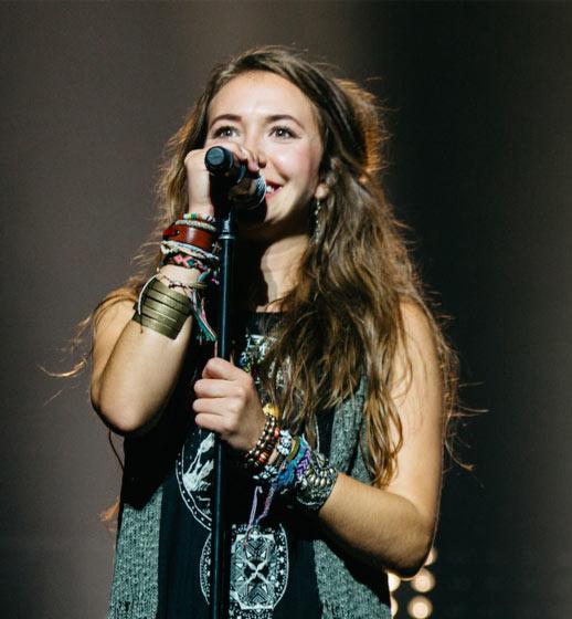 JFH News: Lauren Daigle Achieves Third No. 1 Single